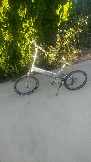 Giant foldable 20 inch wheel bicycle. for Sale in Wildomar, CA