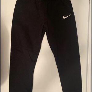 Boys 6 Nike sweatpants for Sale in Franklin, TN