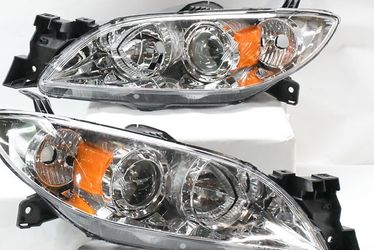 04-09 Mazda 3 4DR Chrome Housing And Clear With Amber Projector Headlights for Sale in Long Beach,  CA