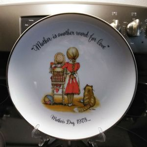 Holly Hobbie Mother's Day Plate for Sale in Winter Haven, FL
