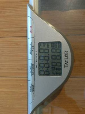 Weighing scale for Sale in Kansas City, MO