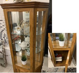 Curio Cabinet for Sale in Windermere, FL
