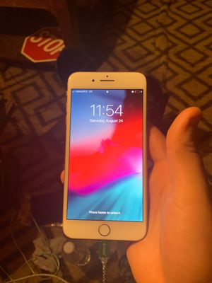 iPhone 8 Plus for Sale in Corning, CA