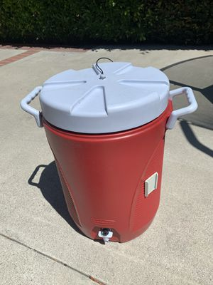 Red Rubbermaid water cooler for Sale in Downey, CA