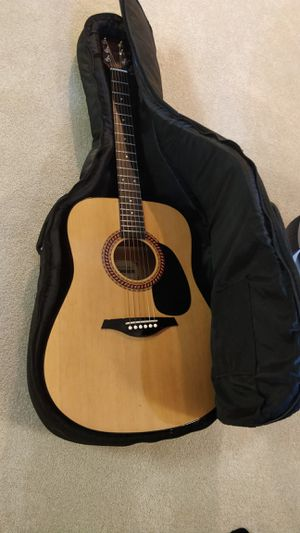Acoustic guitar for Sale in Chantilly, VA