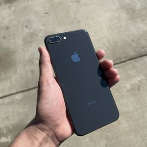 iPhone 8 Plus T-Mobile for Sale in Cypress, CA