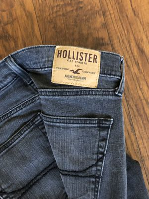 Hollister super skinny jeans size 28 x 30 like new for Sale in Weston, FL
