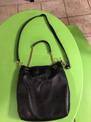 Michael Kors messenger bag. No returns for Sale in Utica, MI