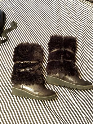 Girl boots for Sale in Palmdale, CA