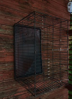 Large dog crate for Sale in Columbus, OH