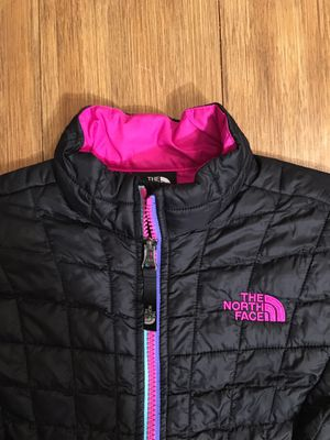 The North Face Thermoball Full Zip Jacket -Girl's XS 6 for Sale in Kent, WA