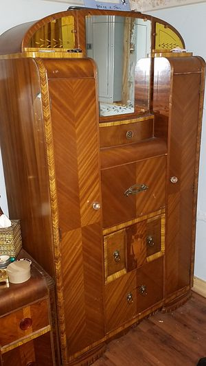 Antique waterfall chifferobe/secretary desk for Sale in Cleveland, OH