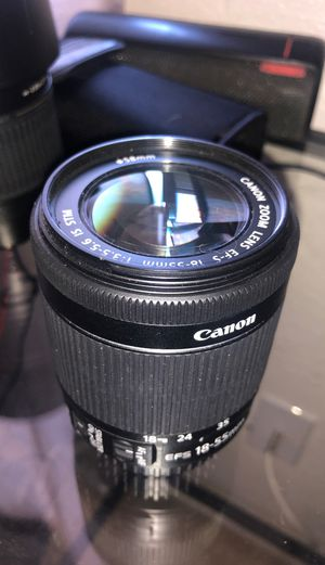 Canon 18-55mm f/3.5 ef mount AF for Sale in Las Vegas, NV