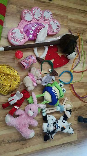 Free stuffed animals for Sale in Sacramento, CA