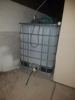 300 gallons water tank for Sale in Las Vegas, NV