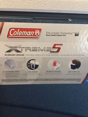 Coleman xtreme 100 qt wheeled cooler for Sale in Erie, PA