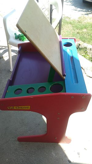 Art desk for kids for Sale in Fort Worth, TX