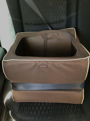 pet car seat booster for Sale in Phoenix, AZ
