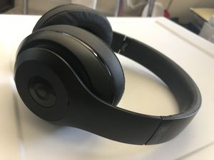 Studio Beats 3 Wireless for Sale in Norfolk, VA