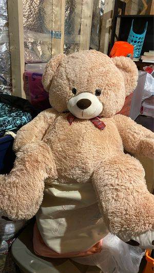Big teddy bear for Sale in Stafford, VA