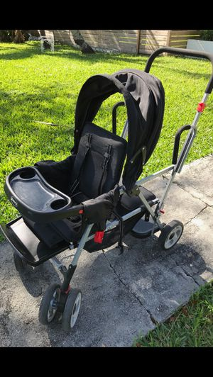 Joovy Caboose double stroller for Sale in Miami, FL
