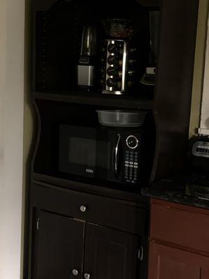 Kitchen cabinet for Sale in Santa Ana, CA