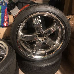 1)sets of (4) Rims and Tires, (5) Lug bolt pattern came off Chrysler 5th Ave, lightly used, $800, practically br (5) Lug CONTINENTAL 275/30ZR19 RIMS for Sale in Seattle, WA