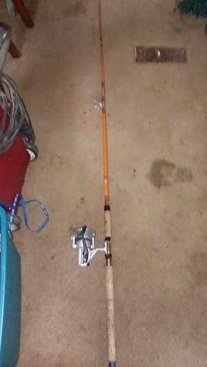 Fishing pole and reel for Sale in Dacula, GA