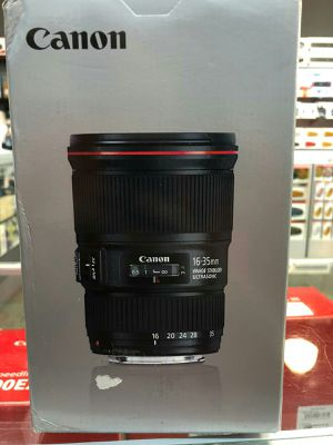 Canon EF 16-35mm F/4L IS USM for Sale in Fort Lauderdale, FL