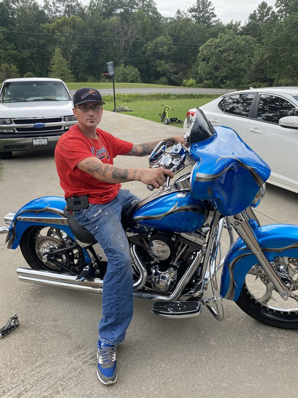 2004 Harley Davidson Softtail classic that is custom to the T