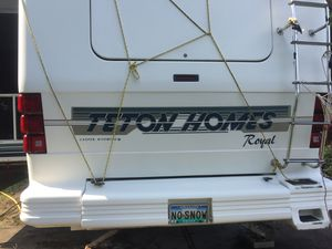 37' Miami III Royal Teton 5th Wheel Trailer 1995 with 1996 Ford F-350 7.3 Liter Diesel Dually for Sale in St. Helens, OR