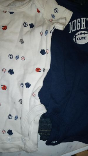 2 new Carter's brand onesies size newborn for Sale in San Angelo, TX