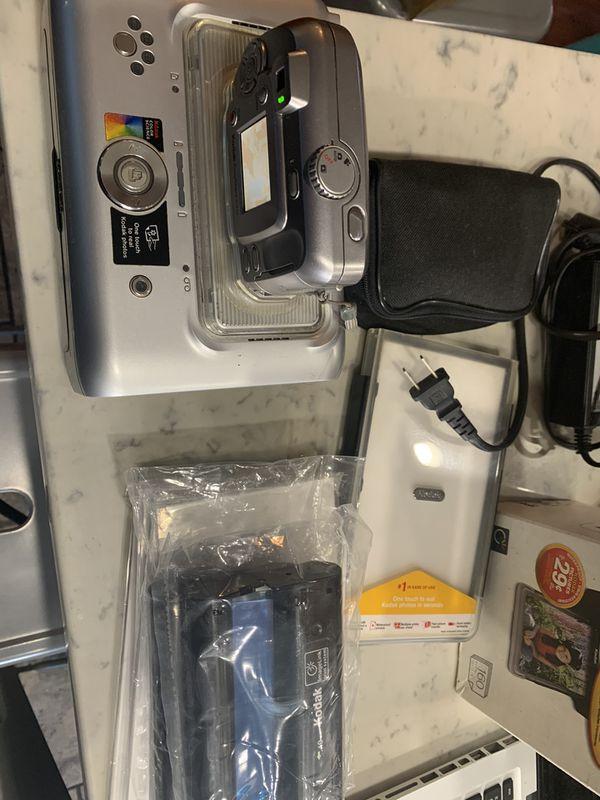 Kodak EasyShare Printer Dock + Digital Camera #C310