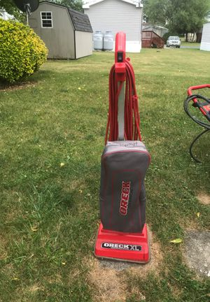 Vacuum oreck comercial good condition for Sale in Martinsburg, WV
