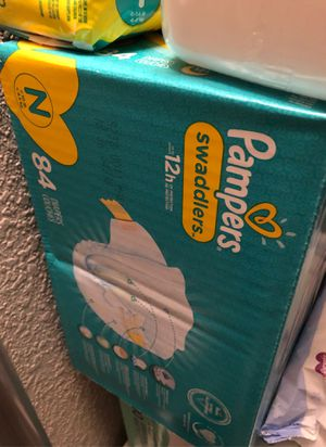 Parent choice /Pampers newborn diapers for Sale in Tacoma, WA
