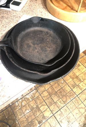 Cast iron skillet set for Sale in Washington, DC