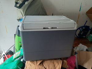 Coleman cooler fridge for Sale in Puyallup, WA