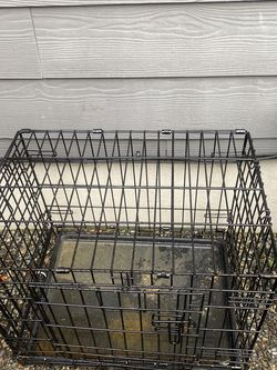 Dog Crate And Play Pen Free for Sale in Fircrest,  WA