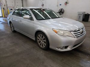 2011 TOYOTA AVALON ***SUPER CLEAN *** for Sale in Landover, MD