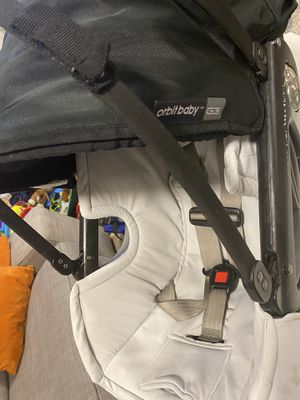Orbit Baby G3 car seat WITH BASE for Sale in San Diego, CA