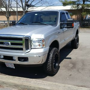 2001 ford f350 super cab 7.3 diesel for Sale in Lawrence, MA