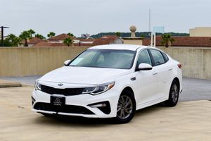 2020 Kia Optima LX for Sale in San Antonio, TX