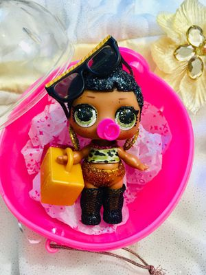 LOL Surprise! BLING Holiday Series Dolls HONEY BUN Honeybun~NEW Authentic L.O.L. for Sale in Fort Pierce, FL