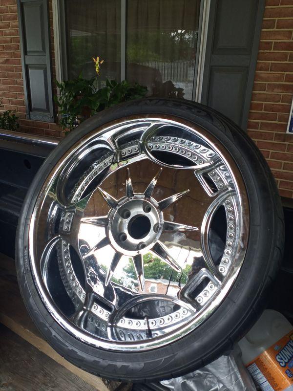 Used 22 inch wheels 5 lug