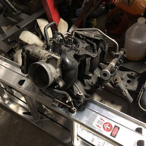 5.3 Intake Manifold W/ Fuel rail, Injectors and Throttle body for Sale in Mooresville, NC