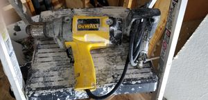 Dewalt heavy duty mixer drill for Sale in Los Angeles, CA