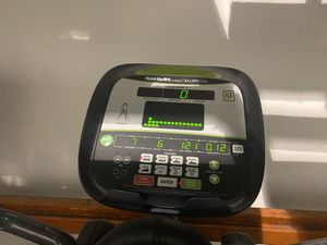 Matrix elliptical with upper body workout for Sale in Miramar, FL