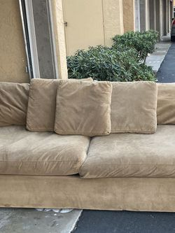 Crate & Barrel Couch 🛋 for Sale in Carlsbad,  CA