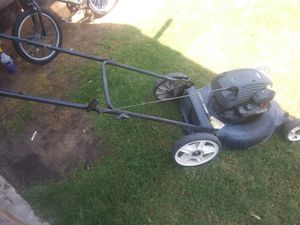 Lawn mower no bag for Sale in Reedley, CA