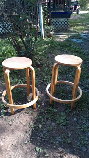 Set of wooden bar stools for Sale in Prospect, VA